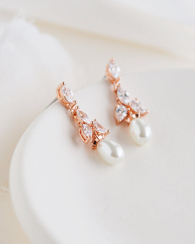Simple Pearl Bridesmaid Jewelry Set