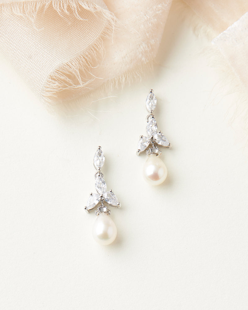 Pearl Dangle Earrings Bridal