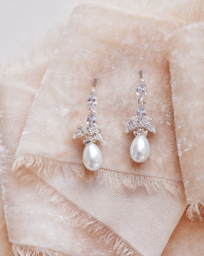 Pearl Wedding Earring