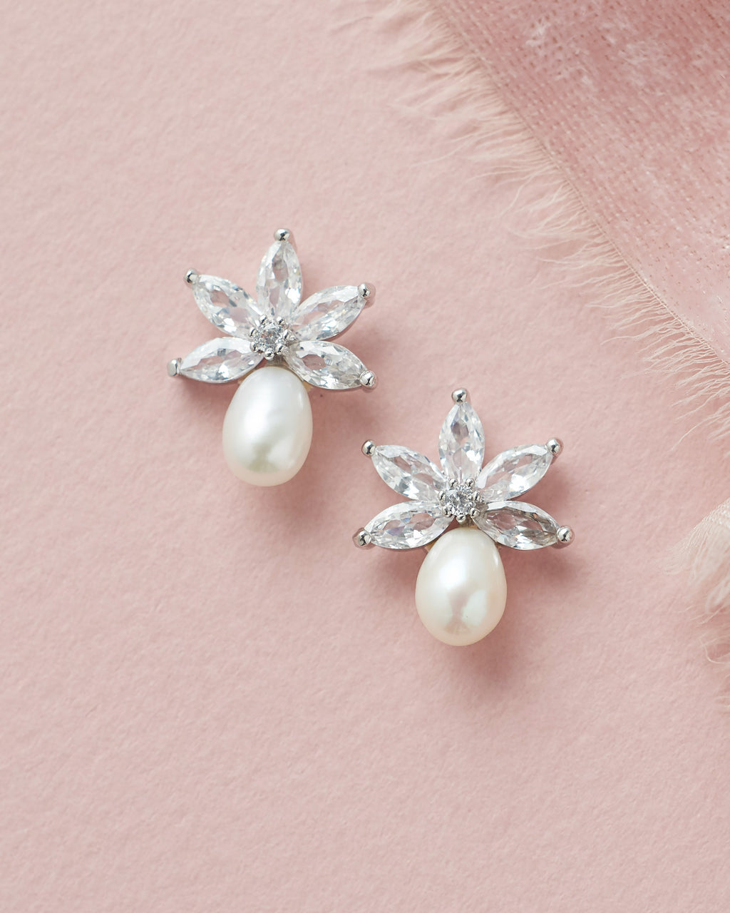 Pearl Bridal Earrings Stud