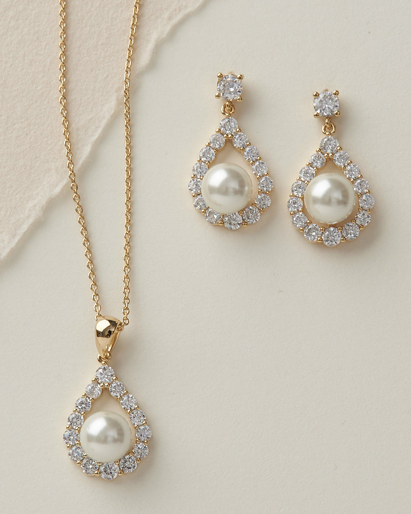 Gold Pearl Jewelry Set