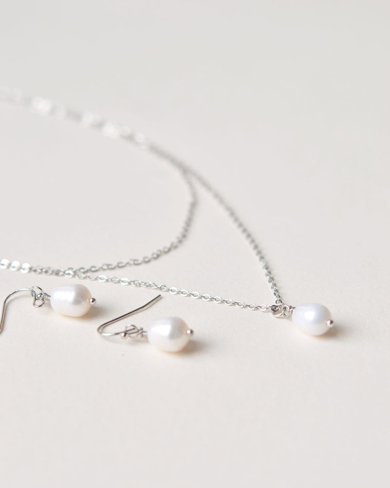 Simple Pearl Drop Jewelry
