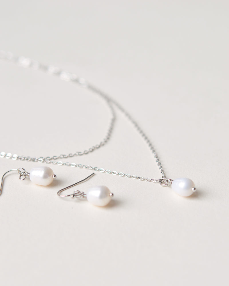 Layered Silver Chain Pearl Drop Bridal Jewelry Set