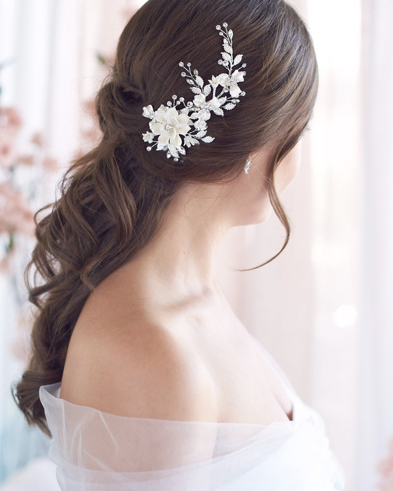 Wedding Clip with Flowers