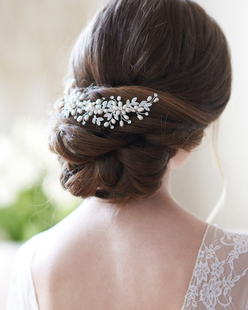 Dahlia Freshwater Pearl Back Comb