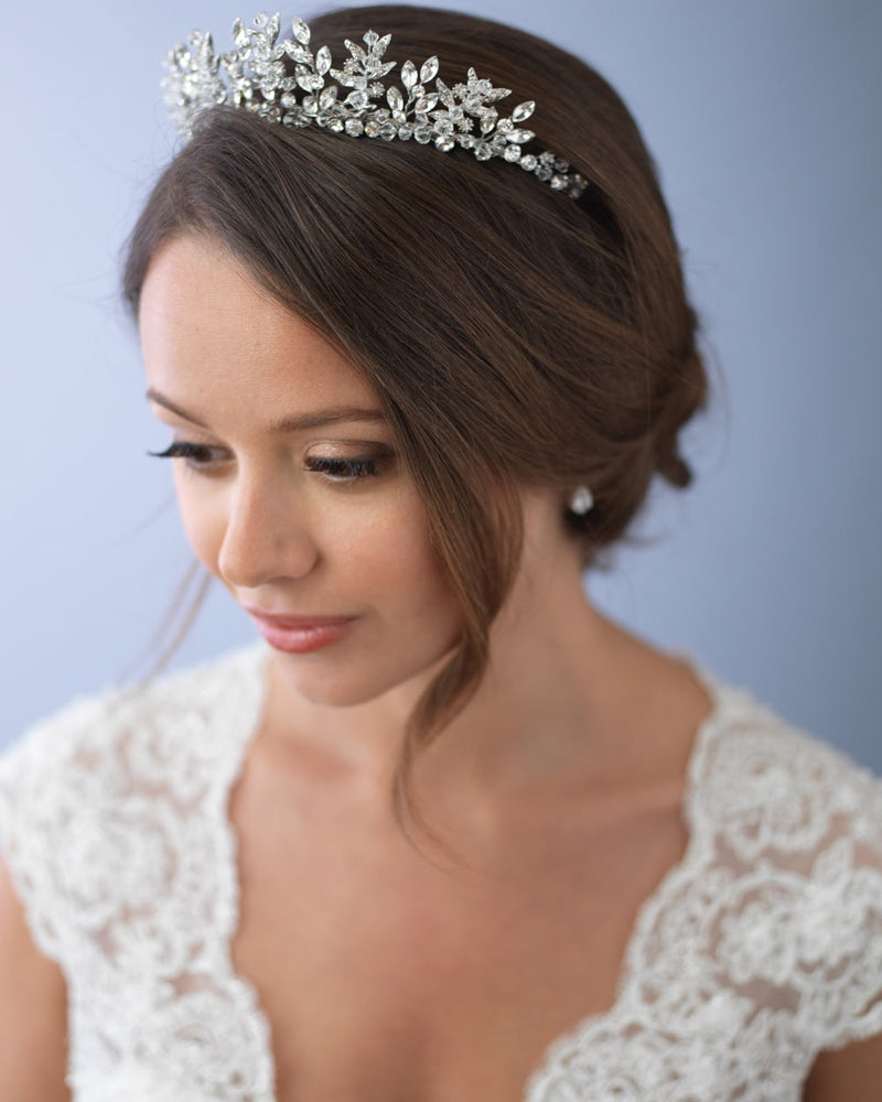 Wedding Hairstyle Crown: Delicate Crystal Wedding Crown