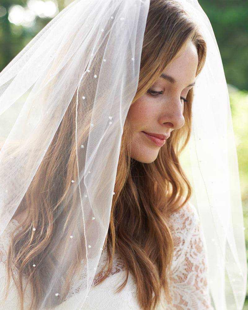Scattered Pearl Wedding Veil
