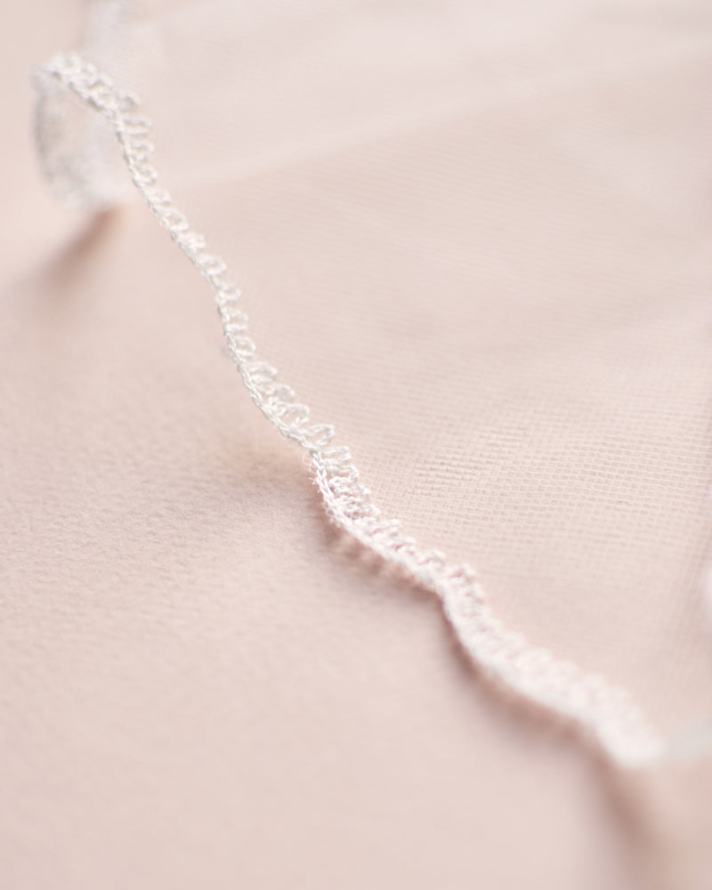 Handcrafted Simple Lace Edge Bridal Veil