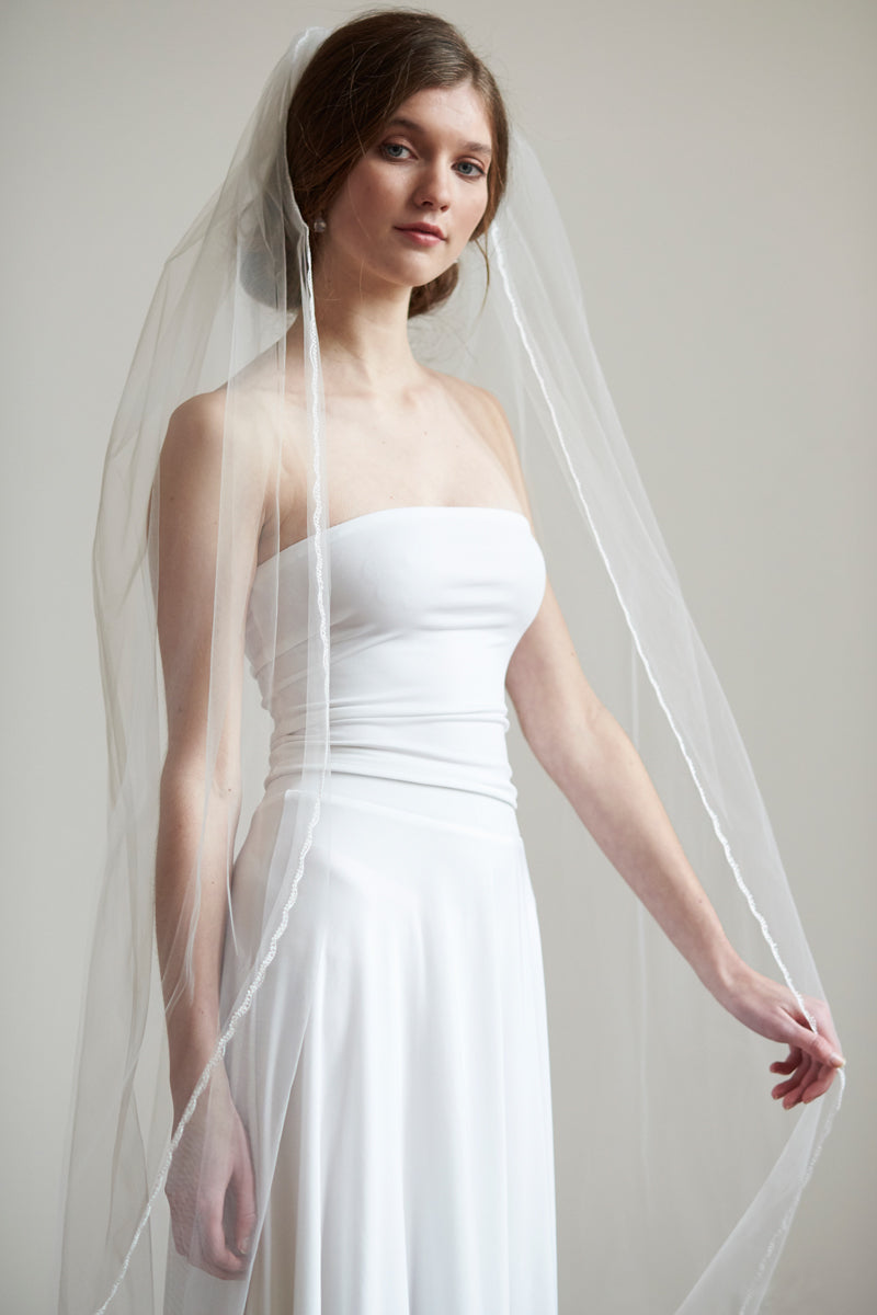 Simple Lace Edge Bridal Ivory Wedding Veil