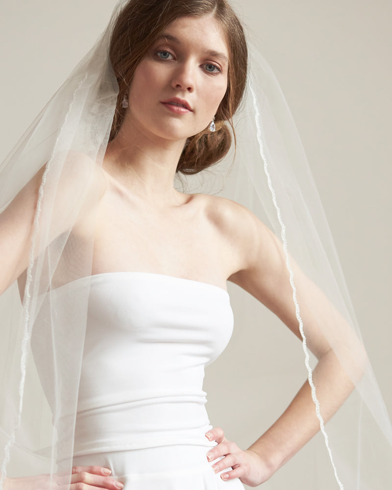 Ivory Bridal Wedding Veil with Simple Lace Edging