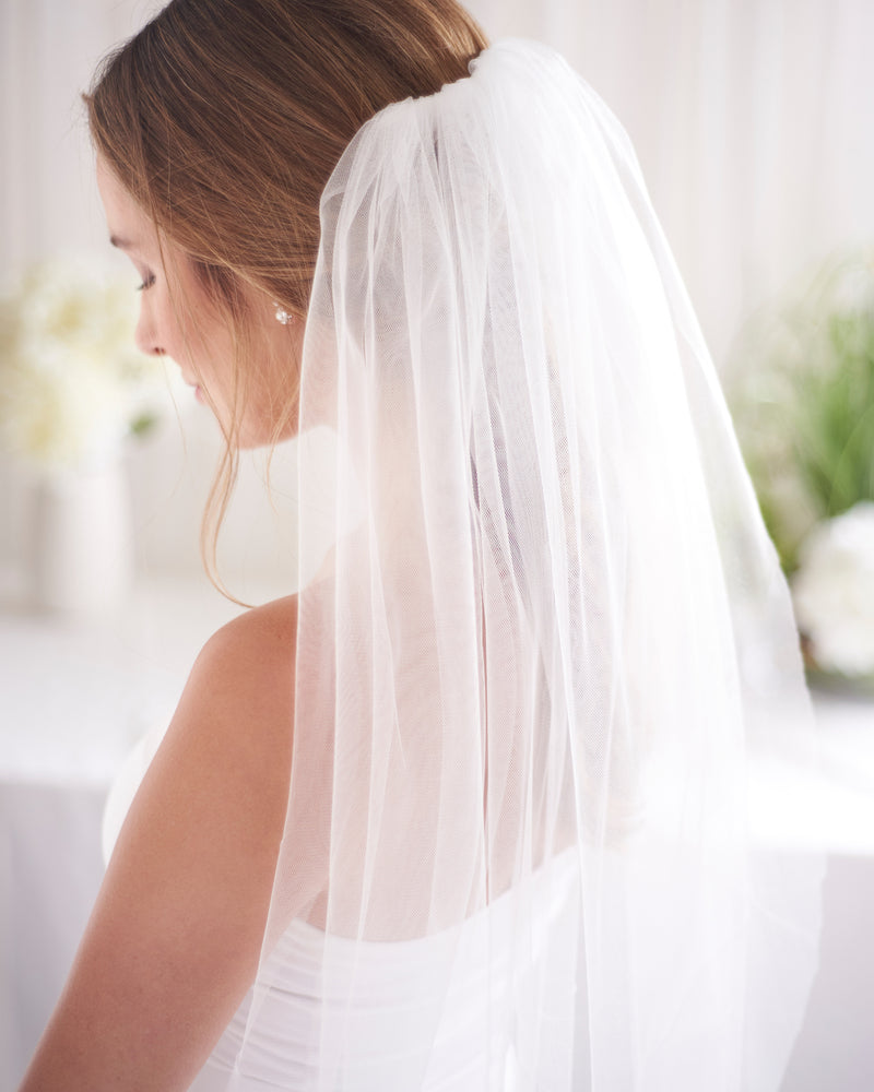 Ivory Simple Cut Edge Shimmer Veil