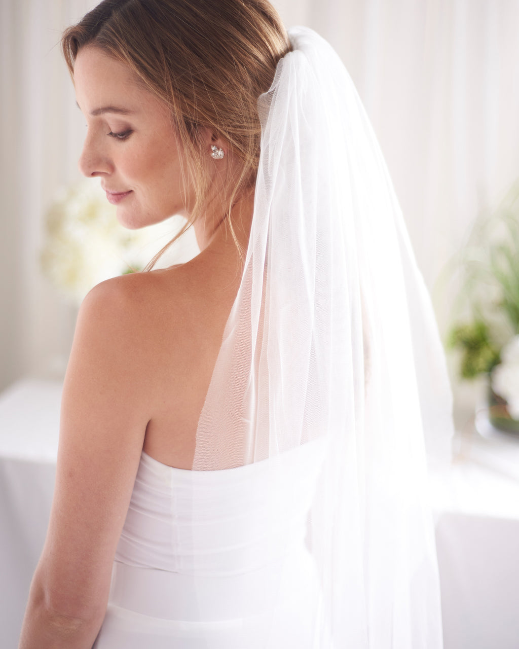 Simple Cut Edge Shimmering Wedding Veil