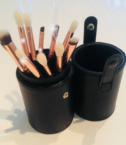 12 PIECE  GLAMOURISE YOUR EYES BRUSH SET - ALL STOCK TO CLEAR