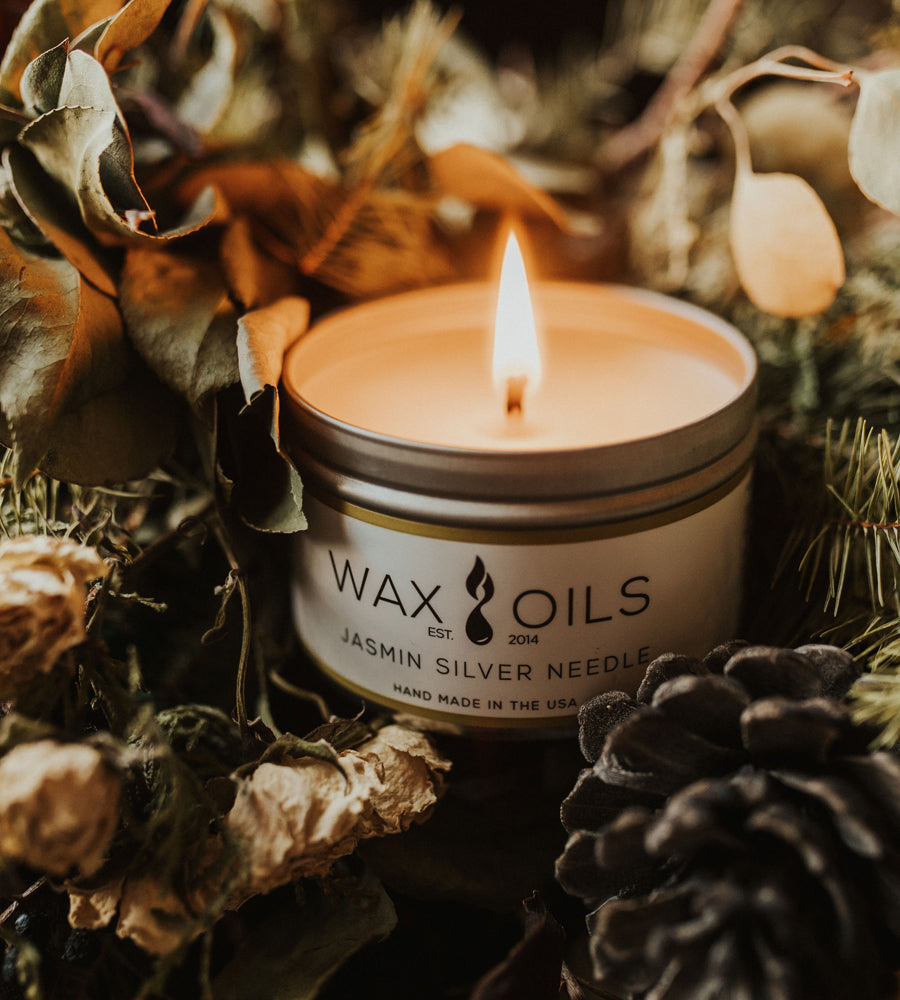 Jasmine candle by wax and oils