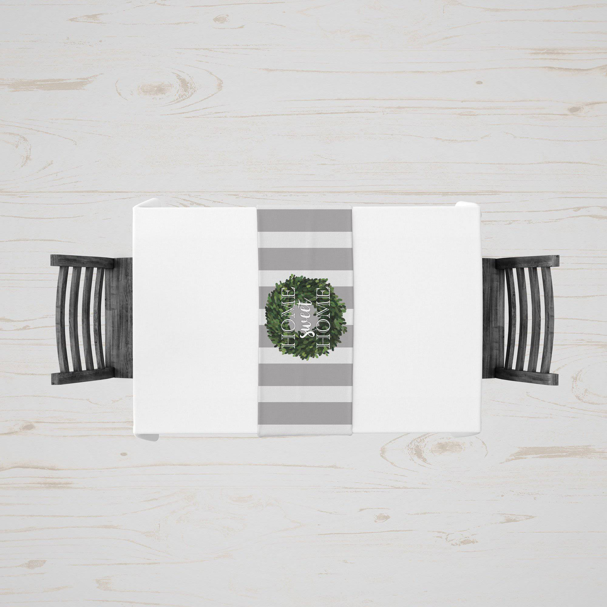 Classic Boxwood Wreath Table Runner - My Treasured Gifts Co