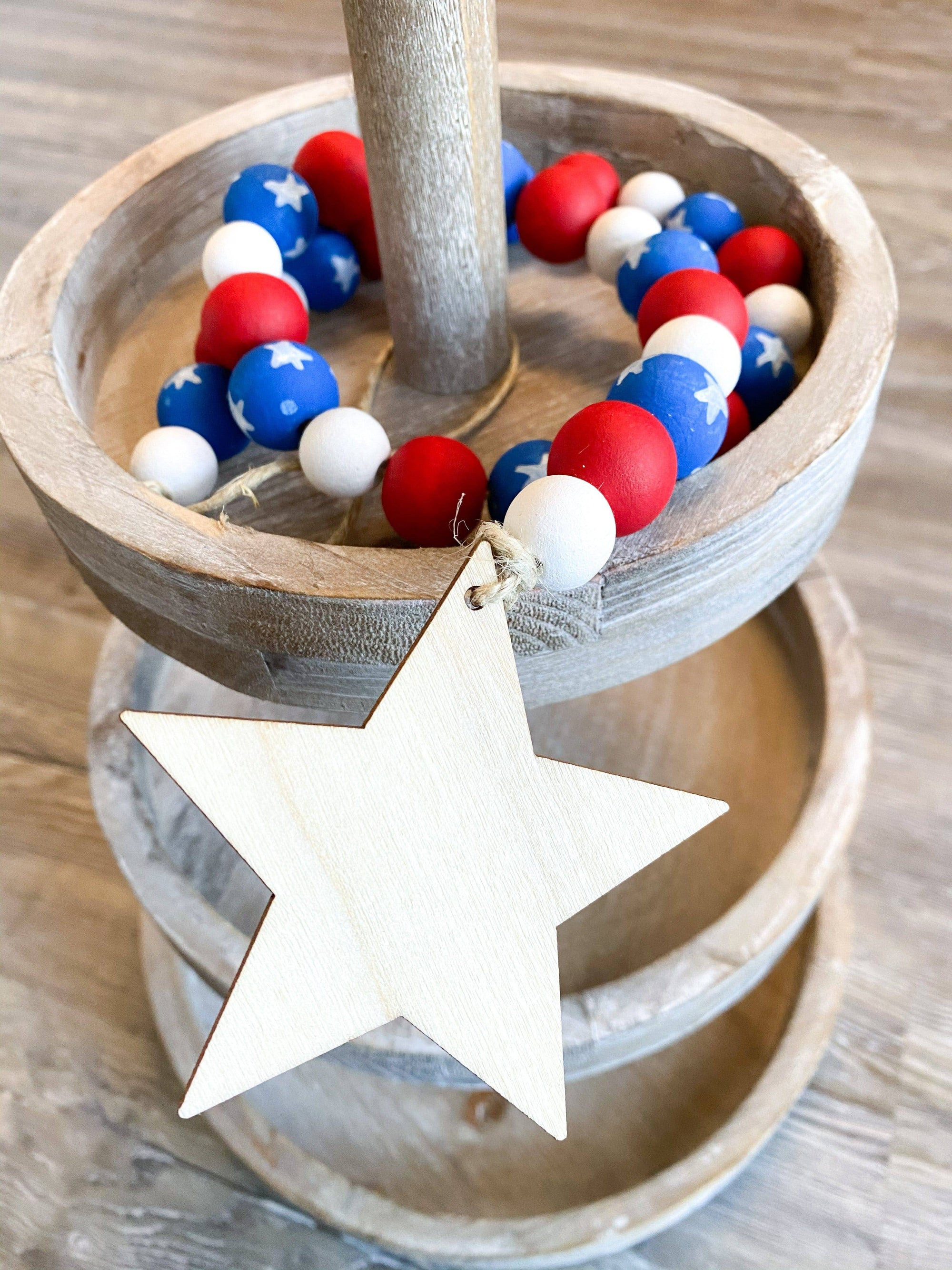 Patriotic Beaded Tiered Tray Garland - My Treasured Gifts Co