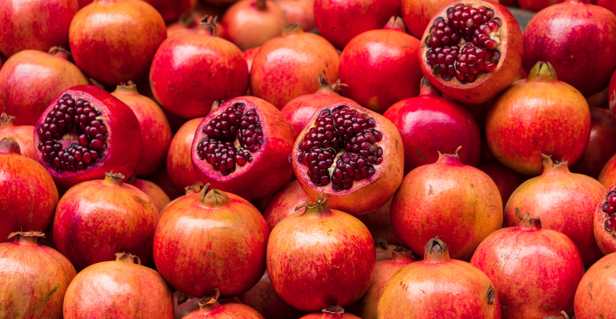 The 8 Benefits of Pomegranates