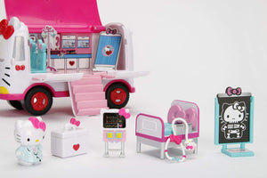 Jada Hello Kitty Rescue Set with Emergency Helicopter & Ambulance Playset, Figures & Accessories