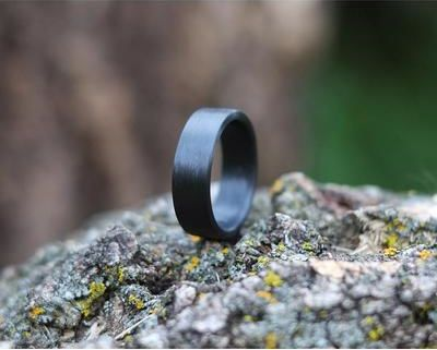 CARBON BAND RING