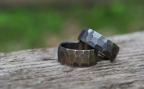 FACETED STAINLESS RING