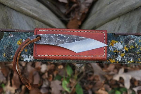 THE TRAVELLER - HAMMERED FINISH KNIFE