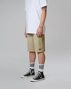 "DICKIES 11"" SHORTS RELAXED FIT - KHAKI"