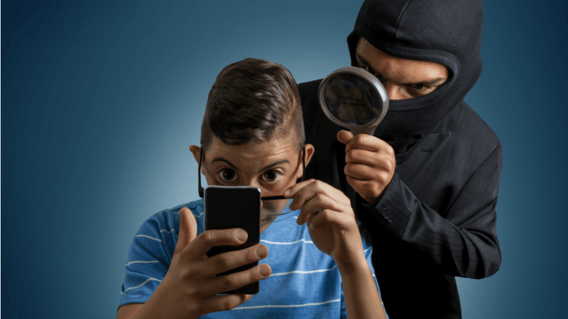 How to detect if someone is spying over you?