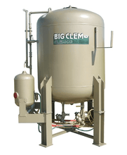 Load image into Gallery viewer, Clemco 120 Cubic Foot Blast Machine - No remote and pipe (1587522699299)