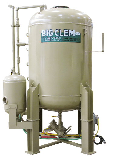 Clemco 60 Cubic Foot Blast Machine - No remote and pipe (1587522404387)