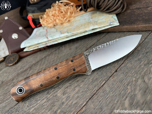 Fiddleback Forge Bushcrafter Jr. - 8670 - Curly Walnut