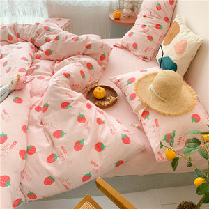 Strawberry Four Piece-suit Bedding JK2293