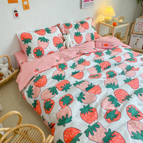 Sweet Strawberry Bedding Set JK2365