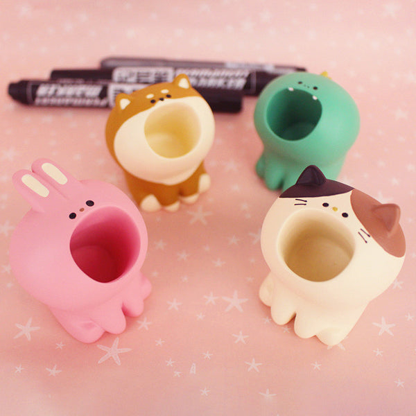 Lovely Cats Mini Pen Container JK2488