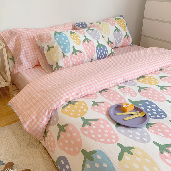 Fashion Strawberry Bedding Set JK2286