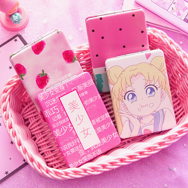 Sailormoon and Strawberry Folding Mirror JK1267