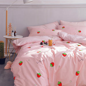 Fashion Strawberry Four Piece-suit Bedding JK1698