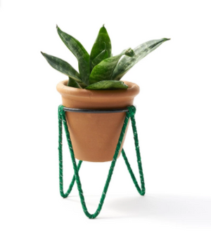 Petite Sari Stand Planter with Pot