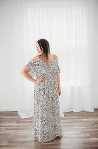 Shoulder Drape Leo Maxi
