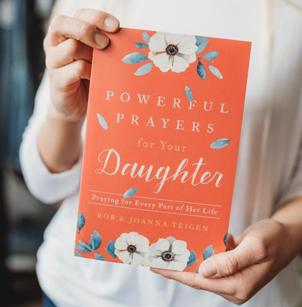 Powerful Prayers for Your Daughter Book