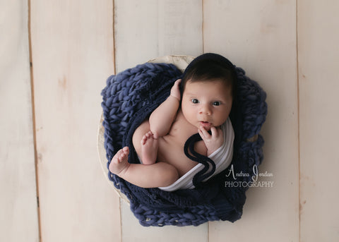 Arrow blanket | Denim - Peach Stitch Photography Props