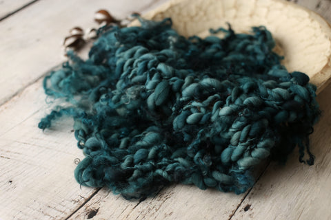 Curly blanket | Matte Teal
