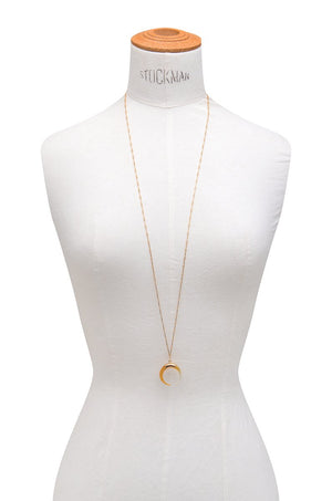 Mother of Pearl Bull Ring and Bar Chain Necklace