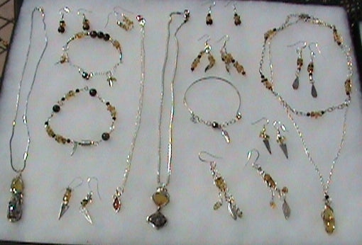 Chiapas amber jewelry collection