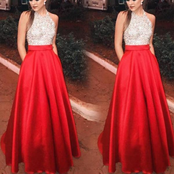 Sleeveless Hanging Neck Sequined Evening Dress