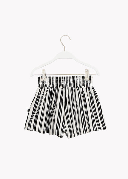 WIDE SHORTS, Stave