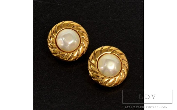 Vintage Chanel Gold Tone Pearl Round Earrings