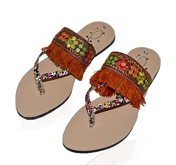 LADIES FLOWER EMBROIDERY DESIGN CHAPPAL