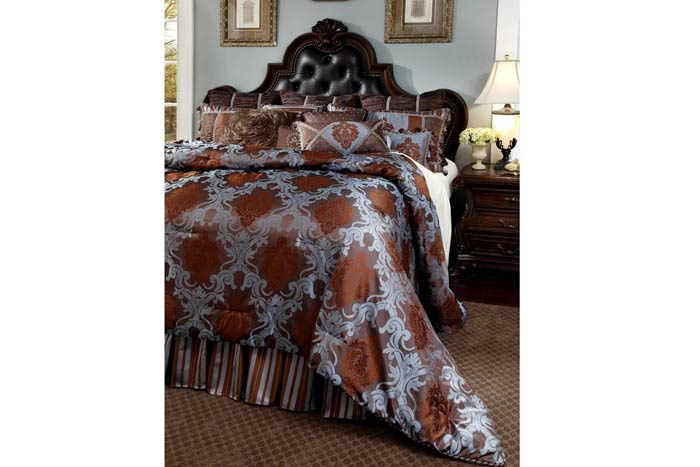 Beckingham Court Bedding Set
