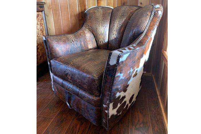 Gator and Cowhide Puma Chair