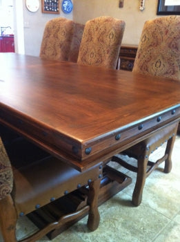 Kingsville Dining Table